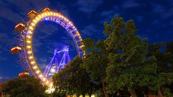 nächtliche Stimmung vor dem Wiener Riesenrad
